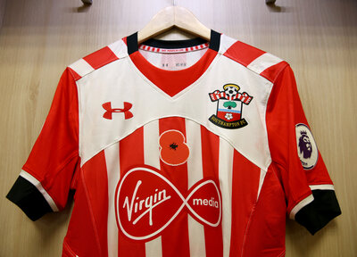 Bidding now open for Saints' poppy shirts