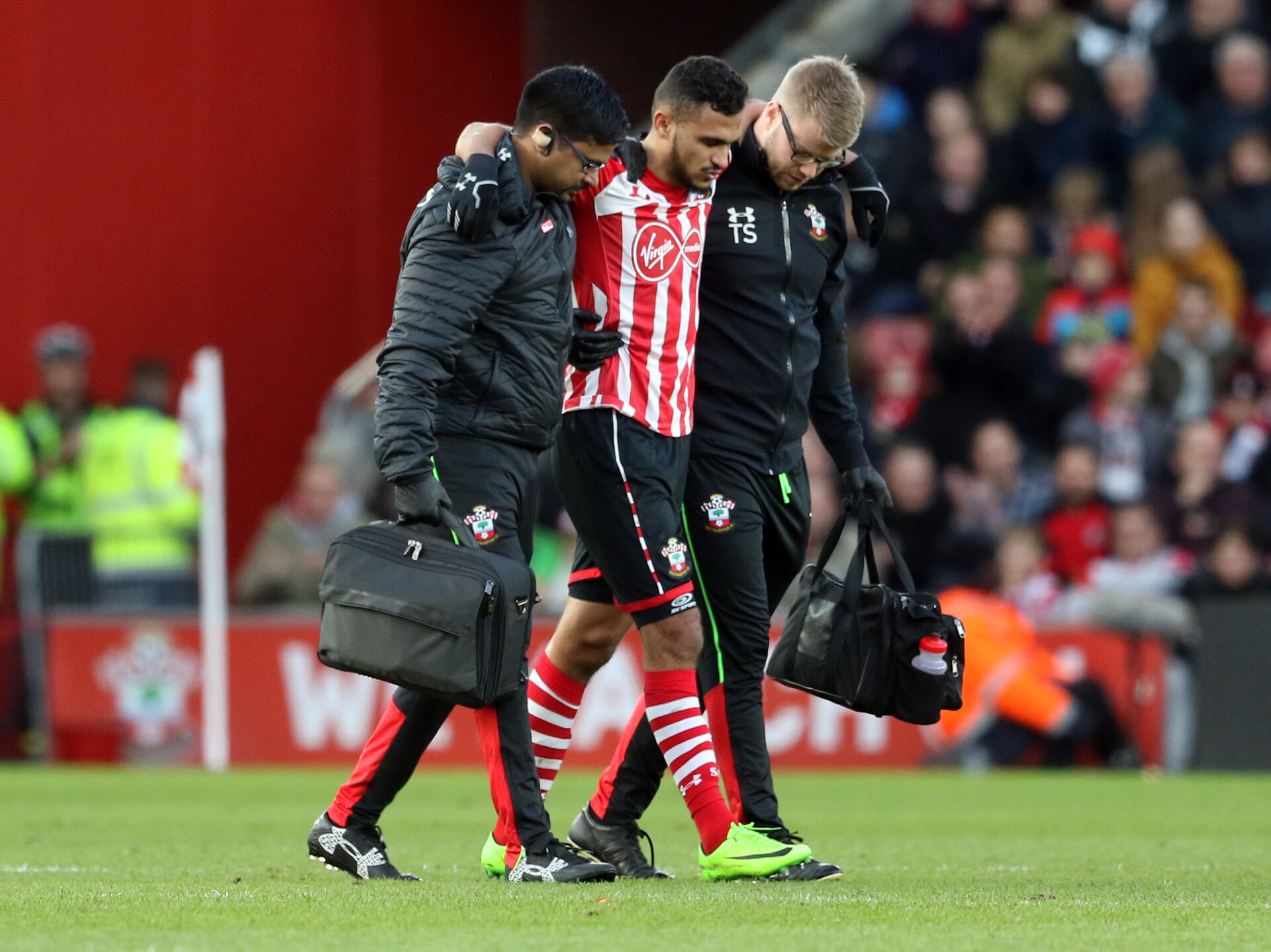 Sofiane Boufal (Southampton) goes off injured during the Premier League match between Southampton and West Ham United at St Mary's Stadium, Southampton, England on 4 February 2017.