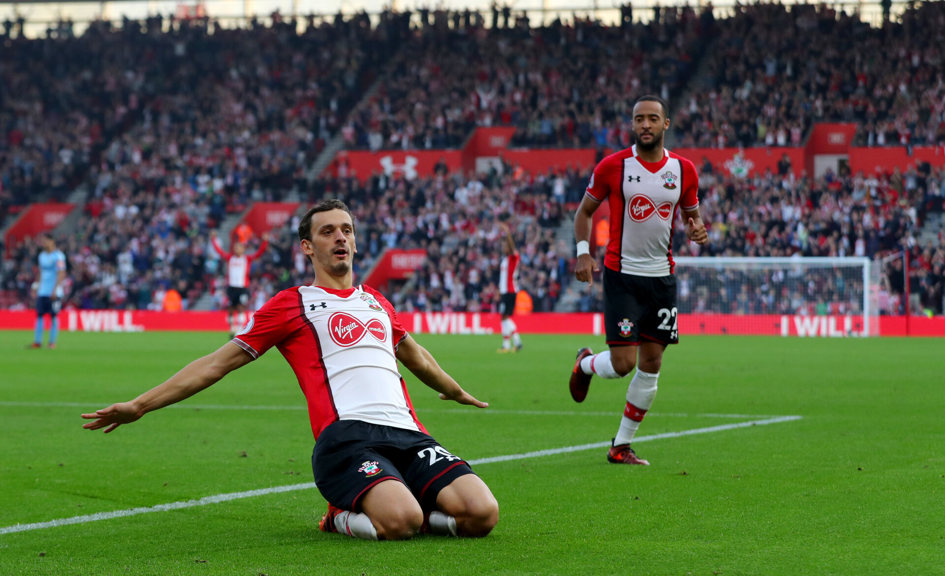 SOUTHAMPTON, ENGLAND - OCTOBER 15: Southampton's Manolo Gabbiaidini celebrates after equalising during the Premier League match between Southampton and Newcastle United at St Mary's Stadium on October 15, 2017 in Southampton, England. (Photo by Matt Watson/Southampton FC via Getty Images)