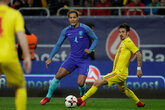 van Dijk features in Romania win