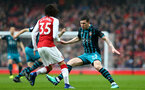 LONDON, ENGLAND - APRIL 08: Pierre-Emile H¿jbjerg (right) of Southampton FC takes on Arsenals Mohamed Elneny (left) during the Premier League match between Arsenal and Southampton at Emirates Stadium on April 8, 2018 in London, England. (Photo by James Bridle - Southampton FC/Southampton FC via Getty Images) LONDON, ENGLAND - APRIL 08: Pierre-Emile Højbjerg (right) of Southampton FC takes on Arsenals Mohamed Elneny (left) during the Premier League match between Arsenal and Southampton at Emirates Stadium on April 8, 2018 in London, England. (Photo by James Bridle - Southampton FC/Southampton FC via Getty Images)