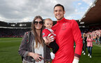 SOUTHAMPTON, ENGLAND - MAY 13: Alex McCarthy of Southampton during the Premier League match between Southampton and Manchester City at St Mary's Stadium on May 13, 2018 in Southampton, England. (Photo by Matt Watson/Southampton FC via Getty Images)