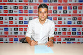 Saints sign Elyounoussi