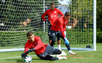 SOUTHAMPTON, ENGLAND - AUGUST 07: Angus Gunn (left) during a Southampton FC training session at Staplewood Complex on August 7, 2018 in Southampton, England. (Photo by James Bridle - Southampton FC/Southampton FC via Getty Images)