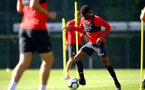 SOUTHAMPTON, ENGLAND - SEPTEMBER 27: Nathan Tella (right) during a Southampton FC training session at Staplewood Complex on September 27, 2018 in Southampton, England. (Photo by James Bridle - Southampton FC/Southampton FC via Getty Images)