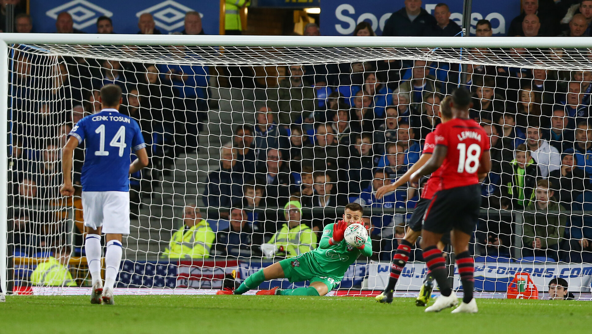 LIVERPOOL, ENGLAND - OCTOBER 02: Angus Gunn of Southampton saves during the Carabao Cup Third Round match between Everton and Southampton at Goodison Park on October 2nd, 2018 in Liverpool, England. (Photo by Matt Watson/Southampton FC via Getty Images)