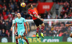 SOUTHAMPTON, ENGLAND - OCTOBER 27: Danny Ings of Southampton jumps for the ball during the Premier League match between Southampton FC and Newcastle United at St Mary's Stadium on October 27, 2018 in Southampton, United Kingdom. (Photo by Matt Watson/Southampton FC via Getty Images)