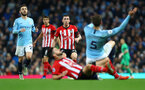 MANCHESTER, ENGLAND - NOVEMBER 04: Pierre-Emile Hojbjerg(centre) of Southampton during the Premier League match between Manchester City and Southampton FC at Etihad Stadium on November 4, 2018 in Manchester, United Kingdom. (Photo by Matt Watson/Southampton FC via Getty Images)