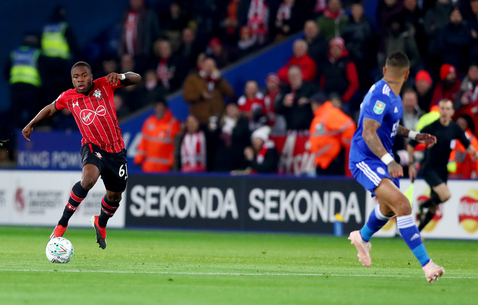 LEICESTER, ENGLAND - NOVEMBER 27: Michael Obafemi of Southampton during the Carabao Cup Fourth Round match between Leicester City and Southampton at The King Power Stadium on November 27th, 2018 in Leicester, England. (Photo by Matt Watson/Southampton FC via Getty Images)