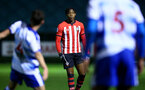 SOUTHAMPTON, ENGLAND - MARCH 01: Dan Nlundulu  (middle) during the PL2 match between Southampton FC and Reading FC pictured at Staplewood Complex on March 01, 2019 in Southampton, England. (Photo by James Bridle - Southampton FC/Southampton FC via Getty Images)