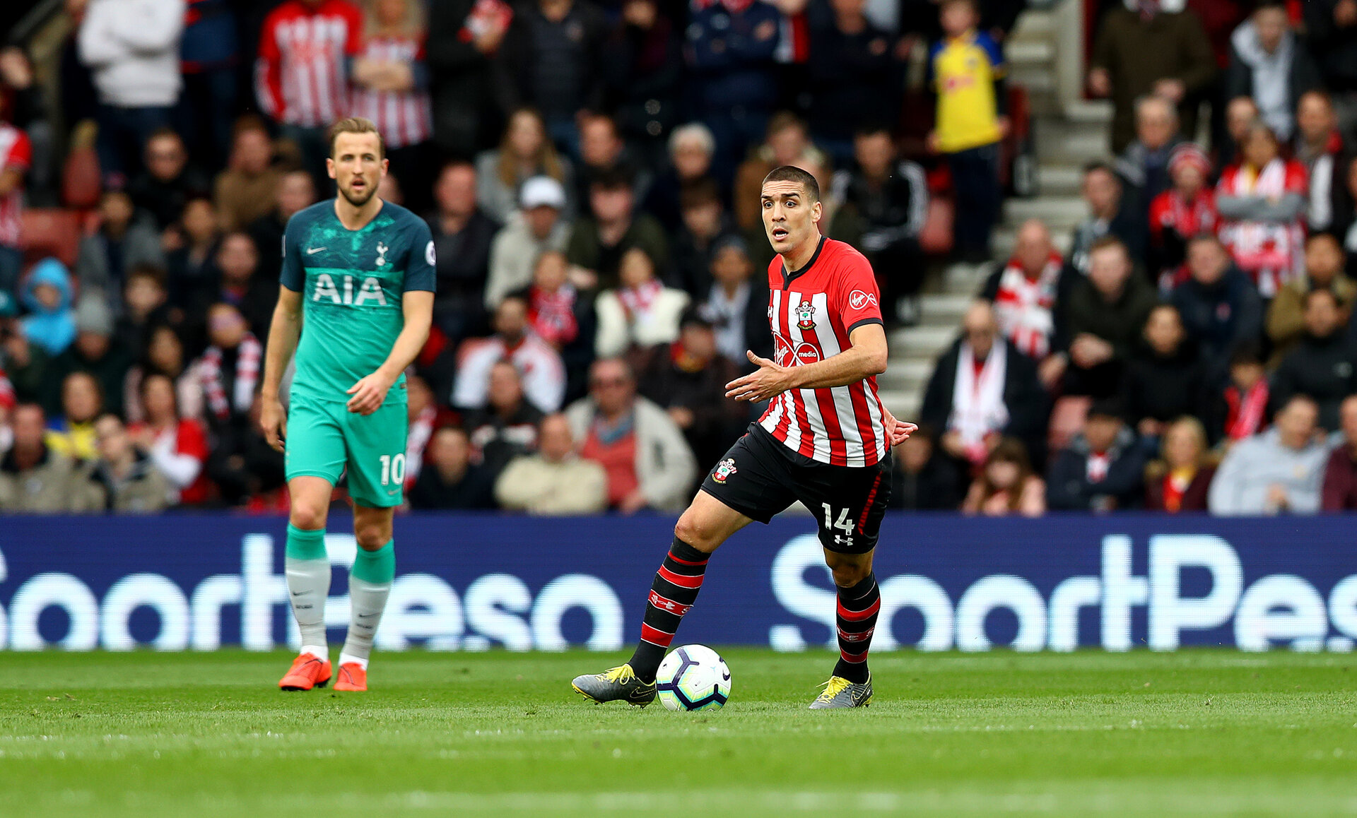 SOUTHAMPTON, ENGLAND - MARCH 09: Oriol Romeu of Southampton during the Premier League match between Southampton FC and Tottenham Hotspur at St Mary's Stadium on March 09, 2019 in Southampton, United Kingdom. (Photo by Matt Watson/Southampton FC via Getty Images)