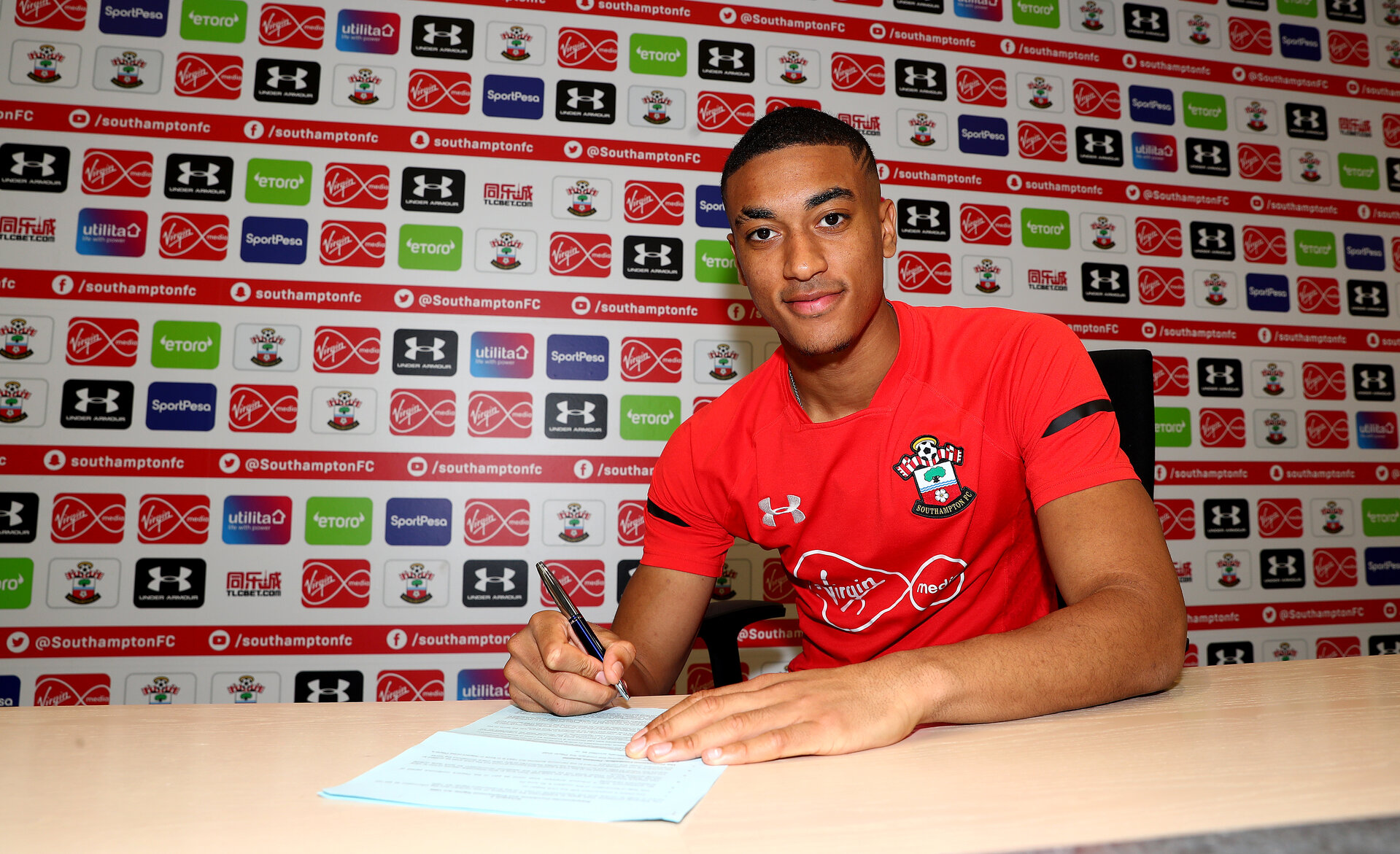 SOUTHAMPTON, ENGLAND - MARCH 14: Yan Valery signs a new contract to stay with the club until 2023, pictured at the Staplewood Campus on March 14, 2019 in Southampton, England. (Photo by Matt Watson/Southampton FC via Getty Images)