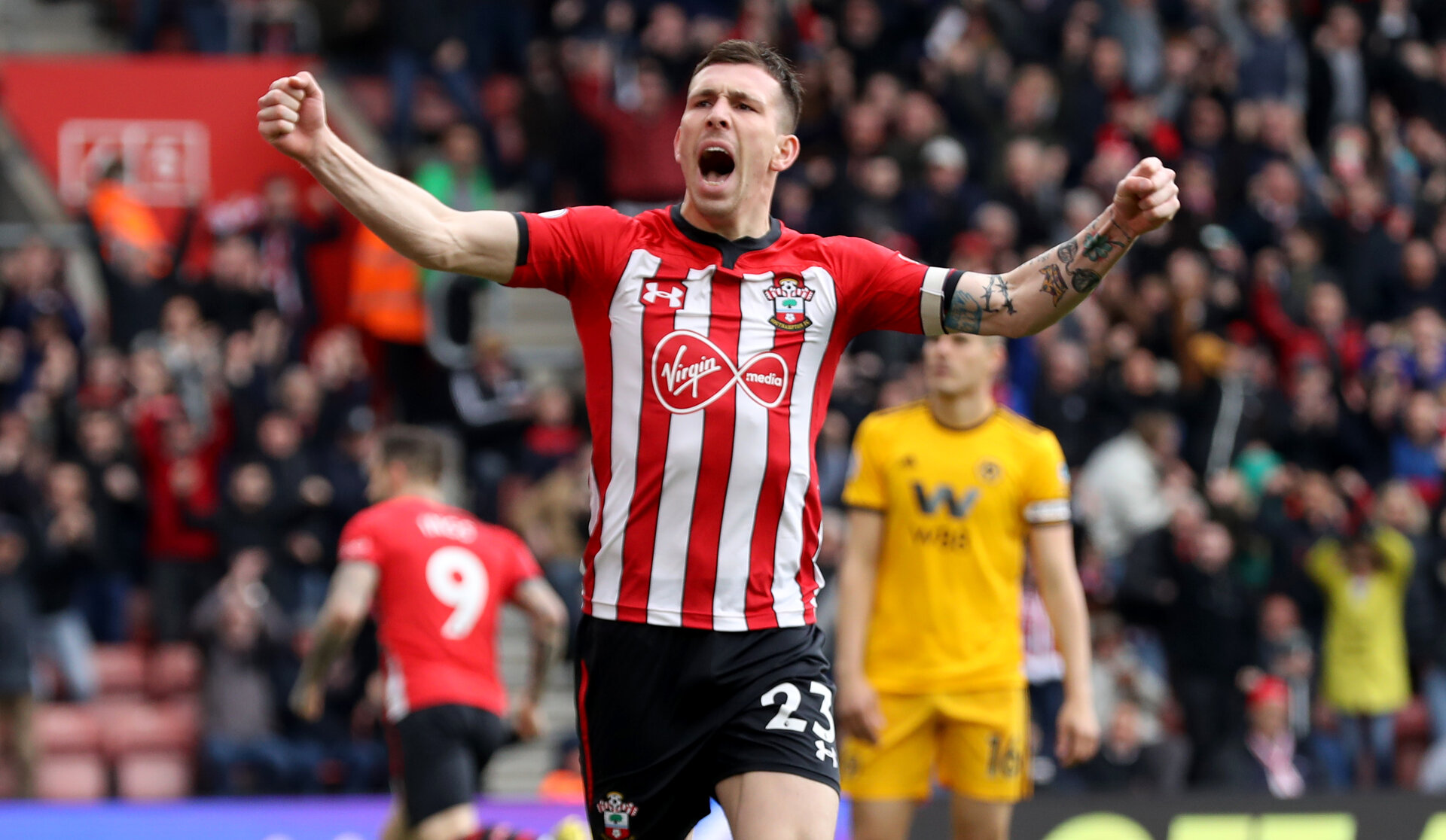 SOUTHAMPTON, ENGLAND - APRIL 13: Pierre-Emile Hojbjerg of Southampton celebrates during the Premier League match between Southampton FC and Wolverhampton Wanderers at St Mary's Stadium on April 13, 2019 in Southampton, United Kingdom. (Photo by Matt Watson/Southampton FC via Getty Images)