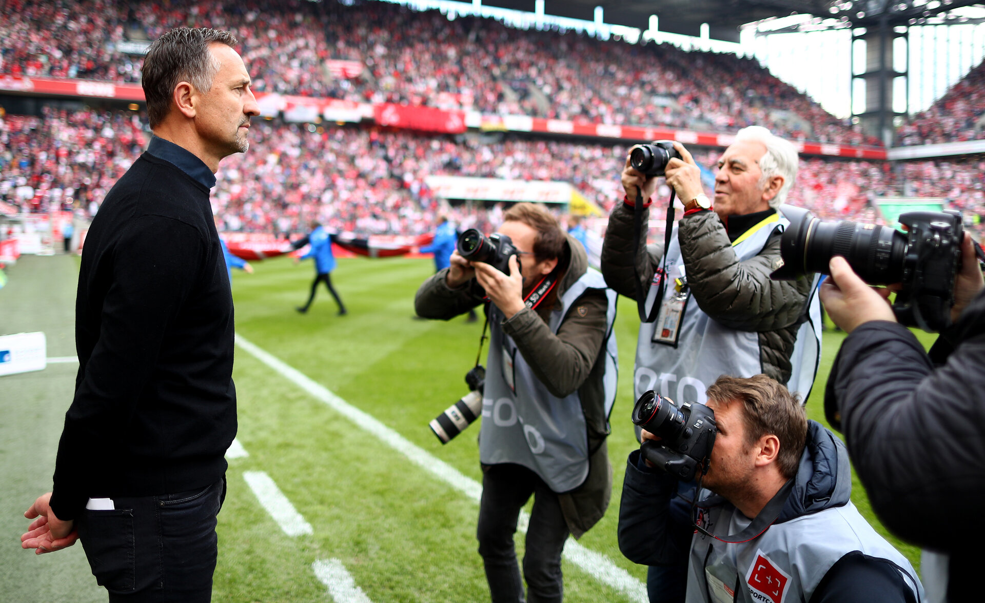 COLOGNE, GERMANY - MAY 12: Head coach Achim Beierlorzer of Regensburg is seen during the Second Bundesliga match between 1. FC Koeln and SSV Jahn Regensburg at RheinEnergieStadion on May 12, 2019 in Cologne, Germany. (Photo by Lars Baron/Bongarts/Getty Images)