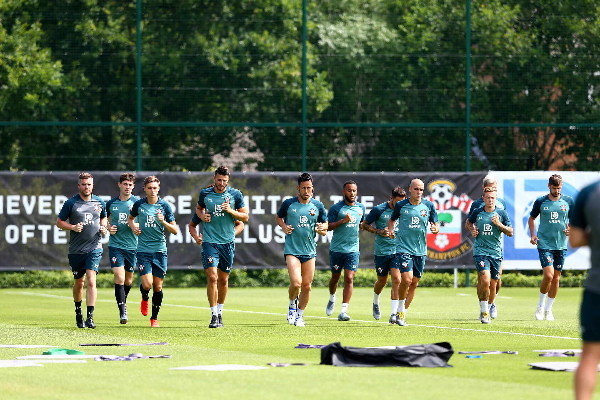 SOUTHAMPTON, ENGLAND - JULY 05: Players warm up during a Southampton FC pre season training session at the Staplewood Campus on July 05, 2019 in Southampton, England. (Photo by Matt Watson/Southampton FC via Getty Images)