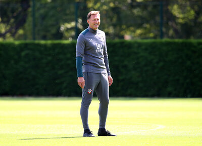 Hasenhüttl reports fully-fit squad for Brighton trip