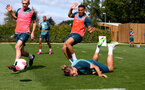 SOUTHAMPTON, ENGLAND - SEPTEMBER 05: Ché Adams(centre) and Jannik Vestergaardduring a Southampton FC training session at the Staplewood Campus on September 05, 2019 in Southampton, England. (Photo by Matt Watson/Southampton FC via Getty Images)