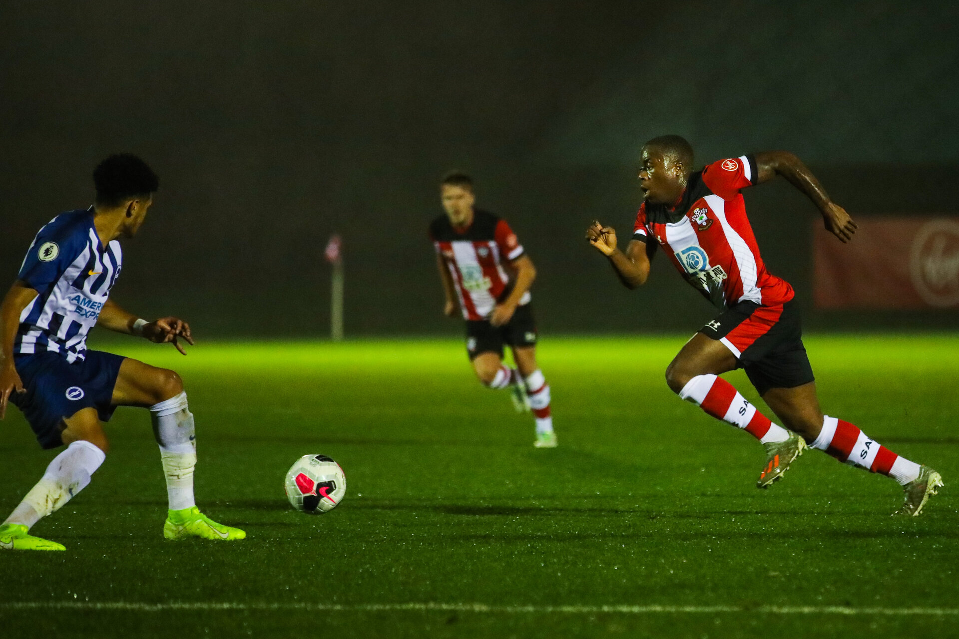 SOUTHAMPTON, ENGLAND - NOVEMBER 01: Michael Obafemi of Southampton FC in possession during the Premier League 2 match between Southampton FC and Brighton & Hove Albion at the Staplewood Campus on November 01, 2019 in Southampton, England