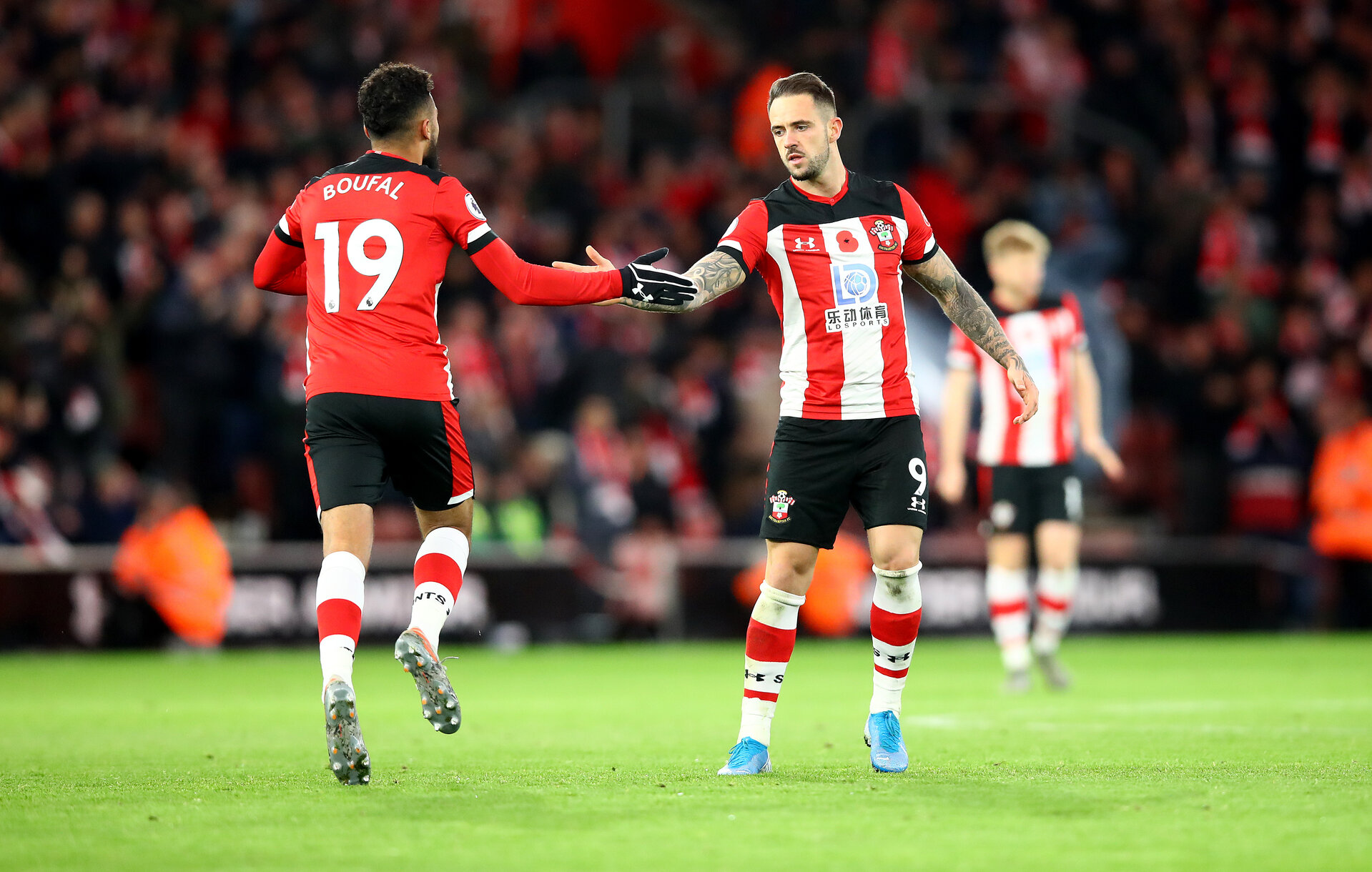SOUTHAMPTON, ENGLAND - NOVEMBER 09: Sofiane Boufal(L) and Danny Ings of Southampton during the Premier League match between Southampton FC and Everton FC at St Mary's Stadium on November 09, 2019 in Southampton, United Kingdom. (Photo by Matt Watson/Southampton FC via Getty Images)