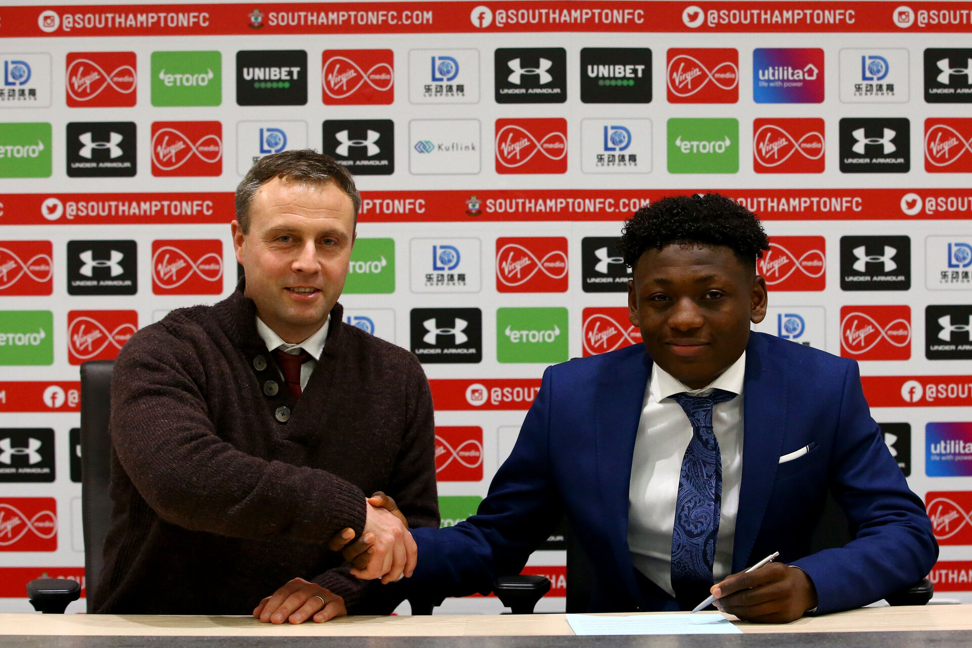 SOUTHAMPTON, ENGLAND - DECEMBER 20: Kazeem Olaigbe signing his professional contract at Southampton FC at Staplewood Training Ground on December 20, 2019 in Southampton, United Kingdom. (Photo by Isabelle FieldSouthampton FC/Southampton FC via Getty Images)