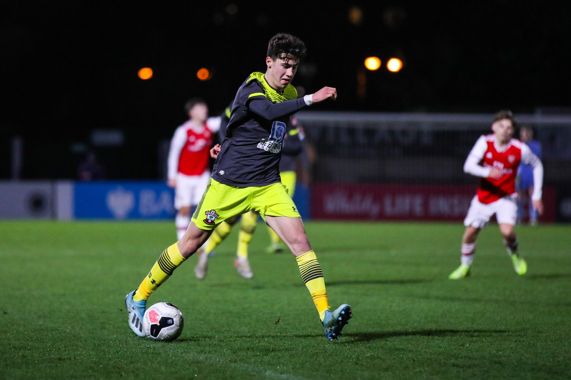 BOREHAMWOOD, ENGLAND - JANUARY 09: Marco Rus of Southampton FC in possession during the FA Youth Cup Fourth Round match between Arsenal U18s and Southampton FC U18s at Meadow Park on January 09, 2020 in Borehamwood, England