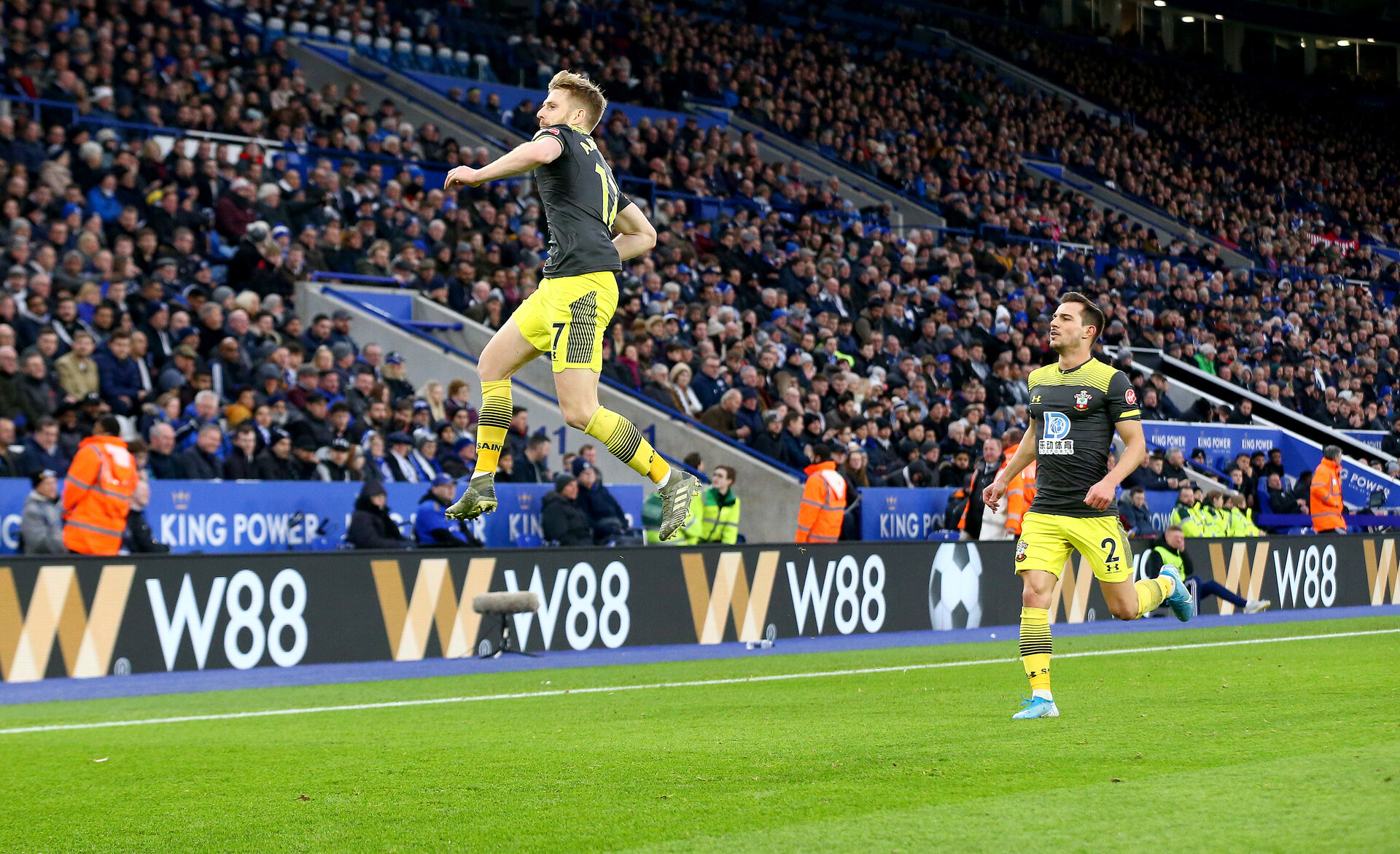 LEICESTER, ENGLAND - JANUARY 11: Stuart Armstrong of Southampton celebrates after making it 1-1 during the Premier League match between Leicester City and Southampton FC at The King Power Stadium on January 11, 2020 in Leicester, United Kingdom. (Photo by Matt Watson/Southampton FC via Getty Images)