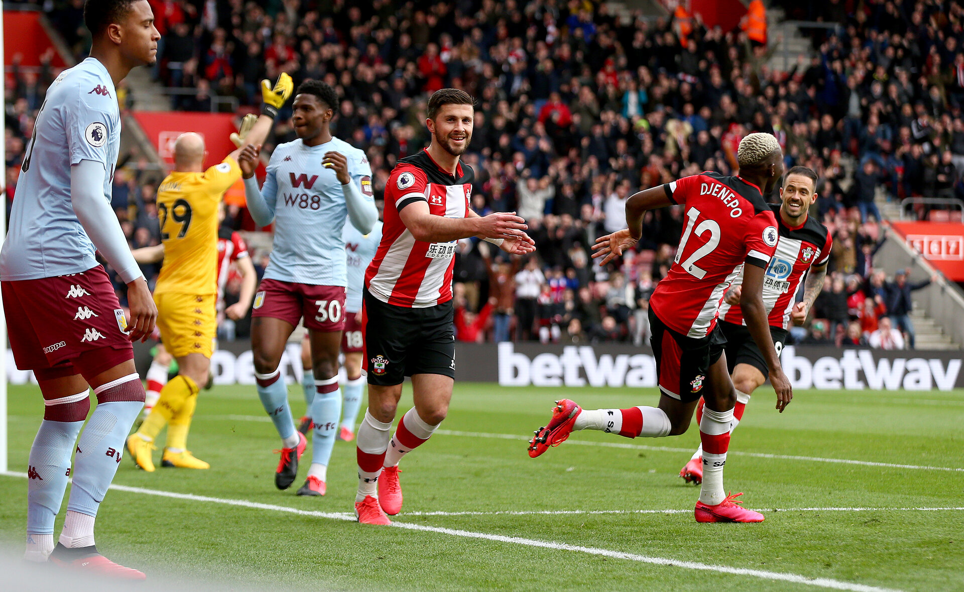 SOUTHAMPTON, ENGLAND - FEBRUARY 22: Shane Long of Southampton celebrates after opening the scoring during the Premier League match between Southampton FC and Aston Villa at St Mary's Stadium on February 22, 2020 in Southampton, United Kingdom. (Photo by Matt Watson/Southampton FC via Getty Images)