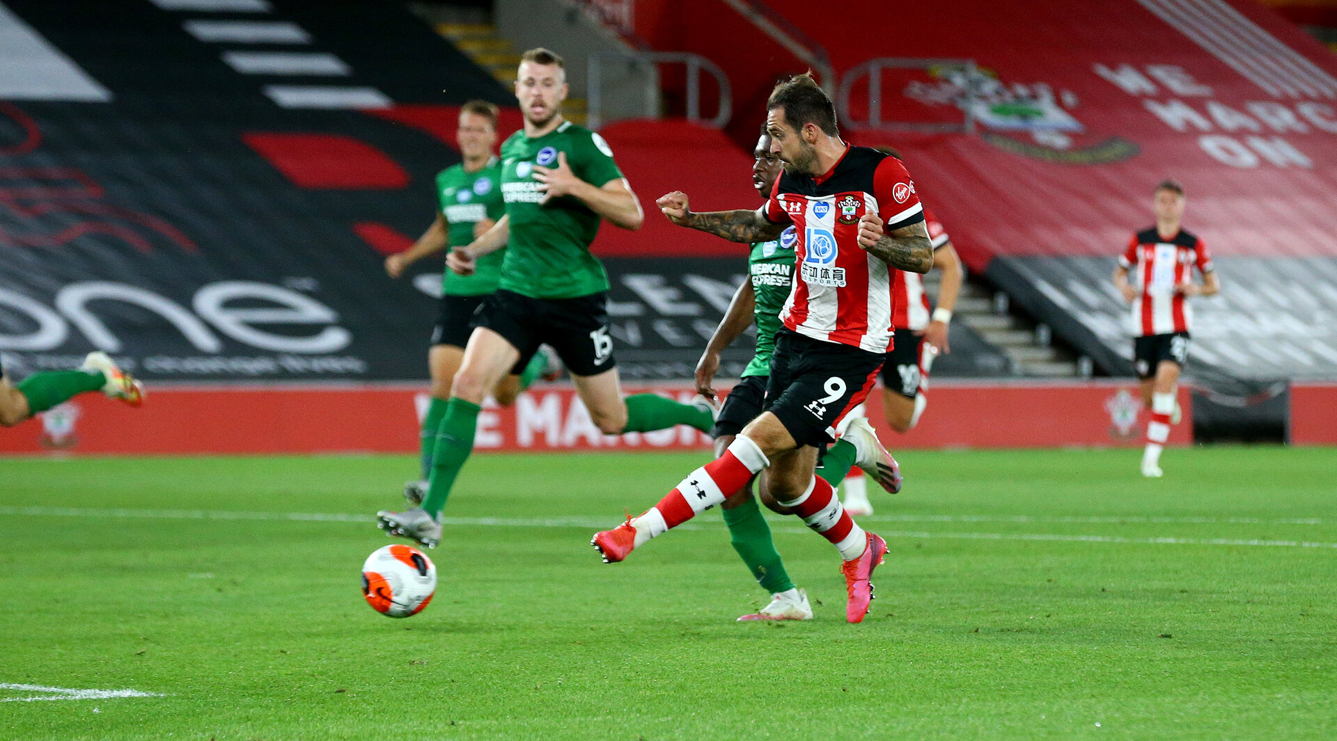 SOUTHAMPTON, ENGLAND - JULY 16: Danny Ings of Southampton scores during the Premier League match between Southampton FC and Brighton & Hove Albion at St Mary's Stadium on July 16, 2020 in Southampton, United Kingdom. Football Stadiums around Europe remain empty due to the Coronavirus Pandemic as Government social distancing laws prohibit fans inside venues resulting in all fixtures being played behind closed doors. (Photo by Matt Watson/Southampton FC via Getty Images)