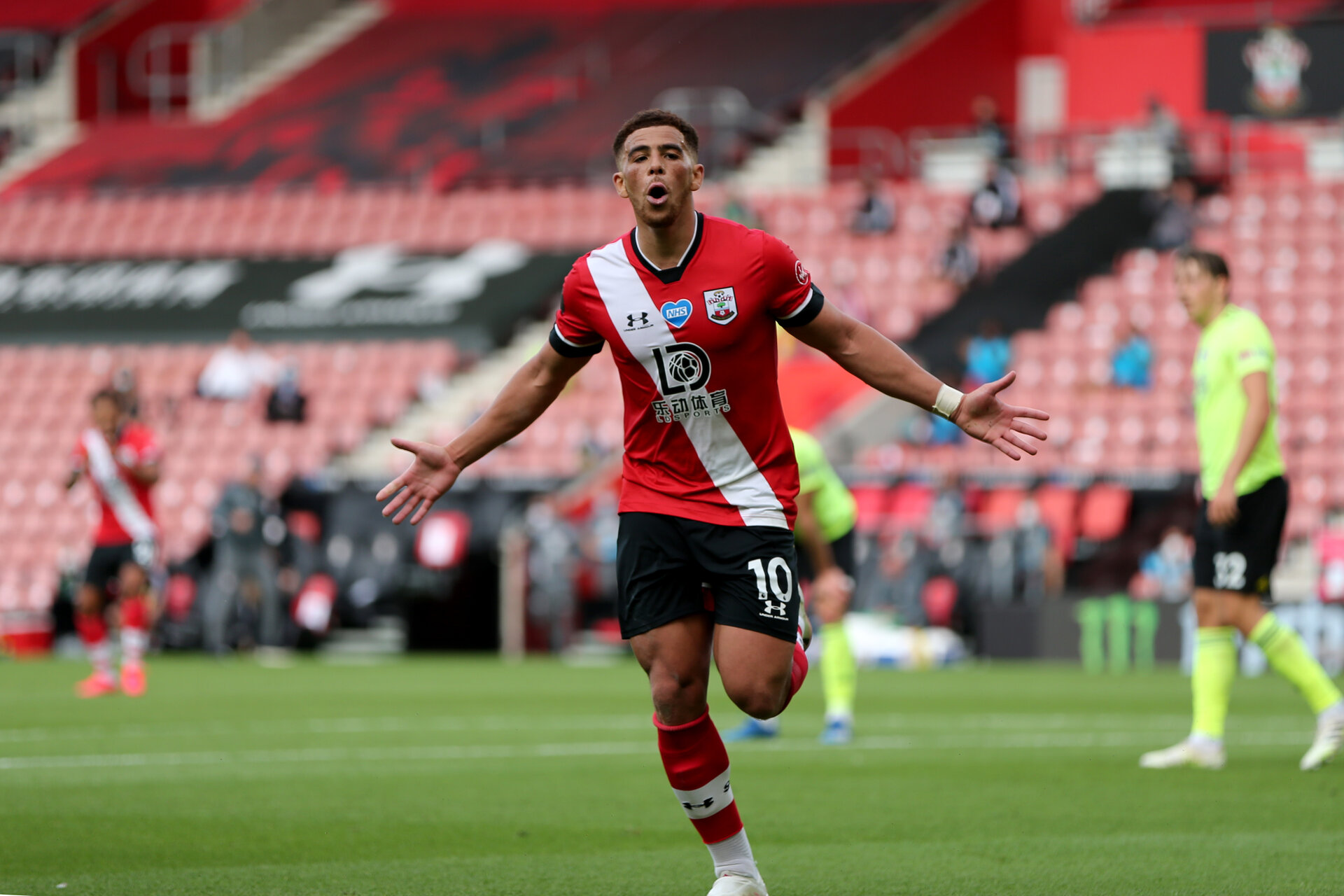SOUTHAMPTON, ENGLAND - JULY 26: Ché Adams celebrating his second goal during the Premier League match between Southampton FC and Sheffield United at St Mary's Stadium on April 17, 2020 in Southampton, United Kingdom. (Photo by Chris Moorhouse/Southampton FC via Getty Images)