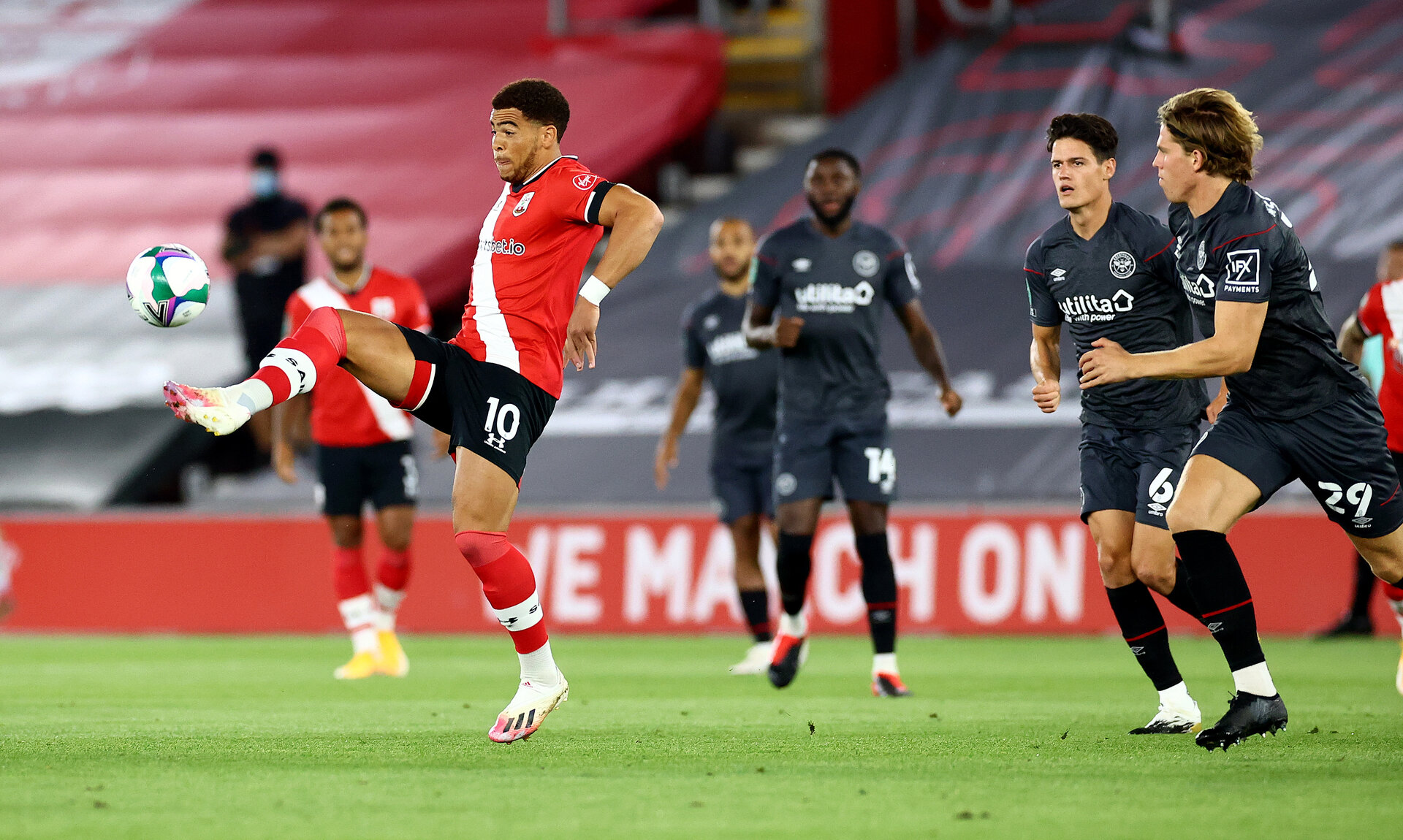 SOUTHAMPTON, ENGLAND - SEPTEMBER 16: Ché Adams of Southampton during the Carabao Cup 2nd round match between Southampton FC and Brentford FC, at St. Mary's Stadium on September 16, 2020 in Southampton, England. (Photo by Matt Watson/Southampton FC via Getty Images)