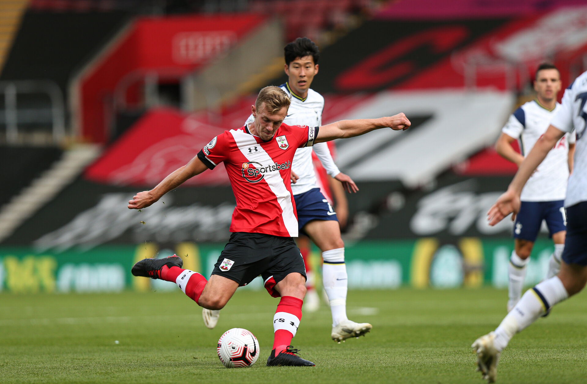 SOUTHAMPTON, ENGLAND - SEPTEMBER 20: James Ward-Prowse during the Premier League match between Southampton and Tottenham Hotspur at St Mary's Stadium on September 20, 2020 in Southampton, United Kingdom. (Photo by Chris Moorhouse/Southampton FC via Getty Images)