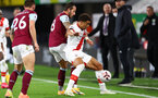 BURNLEY, ENGLAND - SEPTEMBER 26: Josh Brownhill (L) of Burnley and Ché Adams (R) of Southampton during the Premier League match between Burnley and Southampton at Turf Moor on September 26, 2020 in Burnley, United Kingdom. Sporting stadiums around the UK remain under strict restrictions due to the Coronavirus Pandemic as Government social distancing laws prohibit fans inside venues resulting in games being played behind closed doors. (Photo by Matt Watson/Southampton FC via Getty Images)