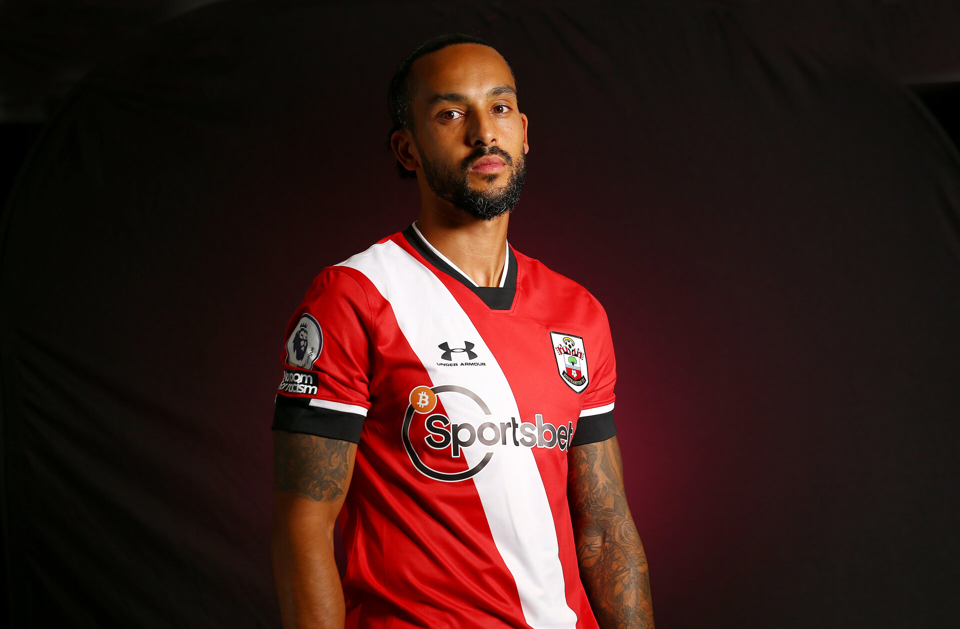 SOUTHAMPTON, ENGLAND - OCTOBER 05: Southampton FC sign Theo Walcott on a season-long loan deal from Everton, pictured on October 05, 2020 in Southampton, England. (Photo by Matt Watson/Southampton FC via Getty Images)