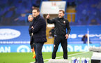 LONDON, ENGLAND - OCTOBER 17: Ralph Hasenhuttl (R) Southampton Manager during the Premier League match between Chelsea and Southampton at Stamford Bridge on October 17, 2020 in London, United Kingdom. Sporting stadiums around the UK remain under strict restrictions due to the Coronavirus Pandemic as Government social distancing laws prohibit fans inside venues resulting in games being played behind closed doors. (Photo by Matt Watson/Southampton FC via Getty Images)