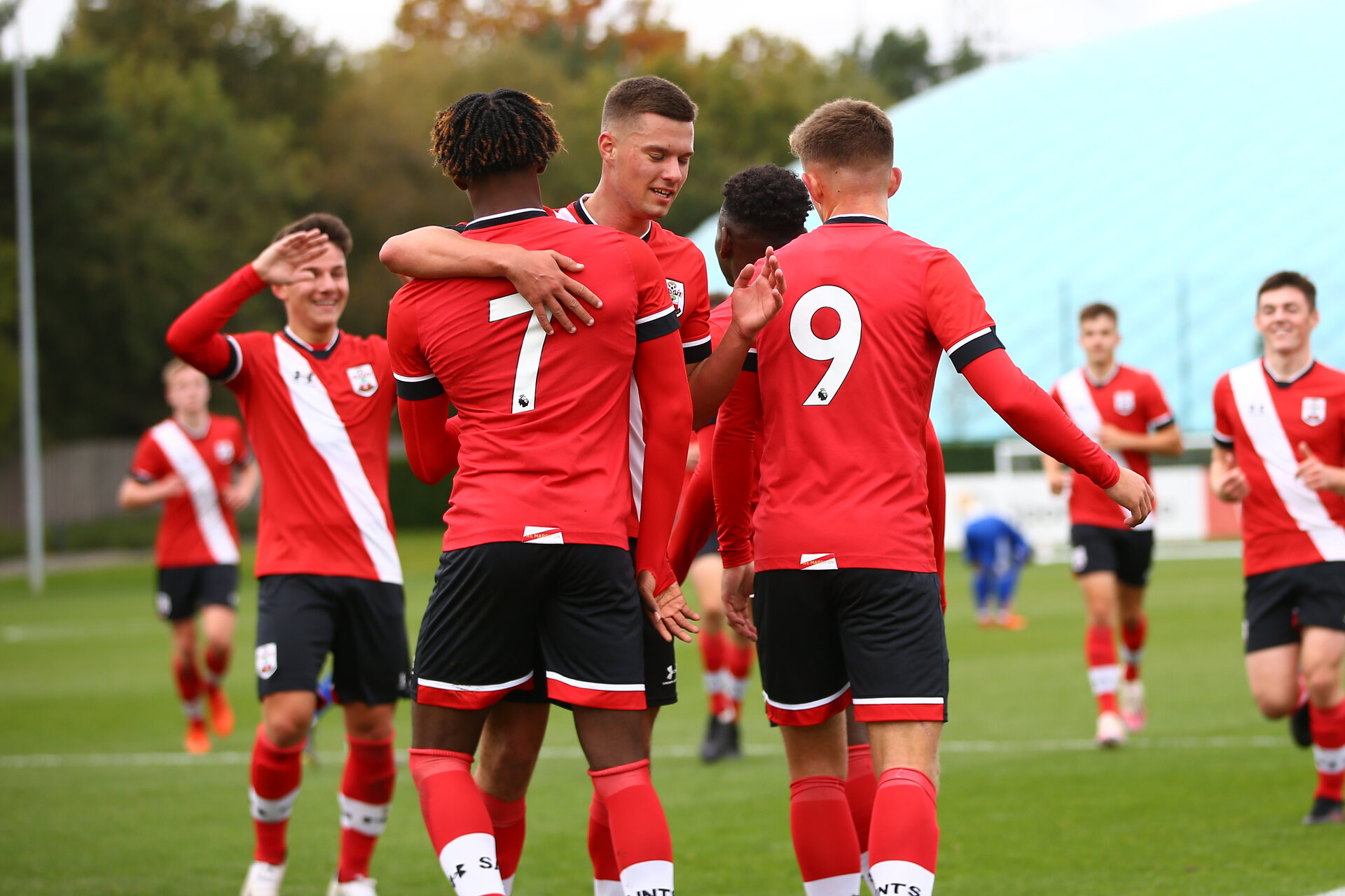 SOUTHAMPTON, ENGLAND - OCTOBER 17: Southampton players celebrate Kazeem Olaigbe goal  during the Premier League U18 match between Southampton U18 and Leicester City at Staplewood Training Ground on October 17, 2020 in London, United Kingdom. (Photo by Isabelle Field/Southampton FC via Getty Images)