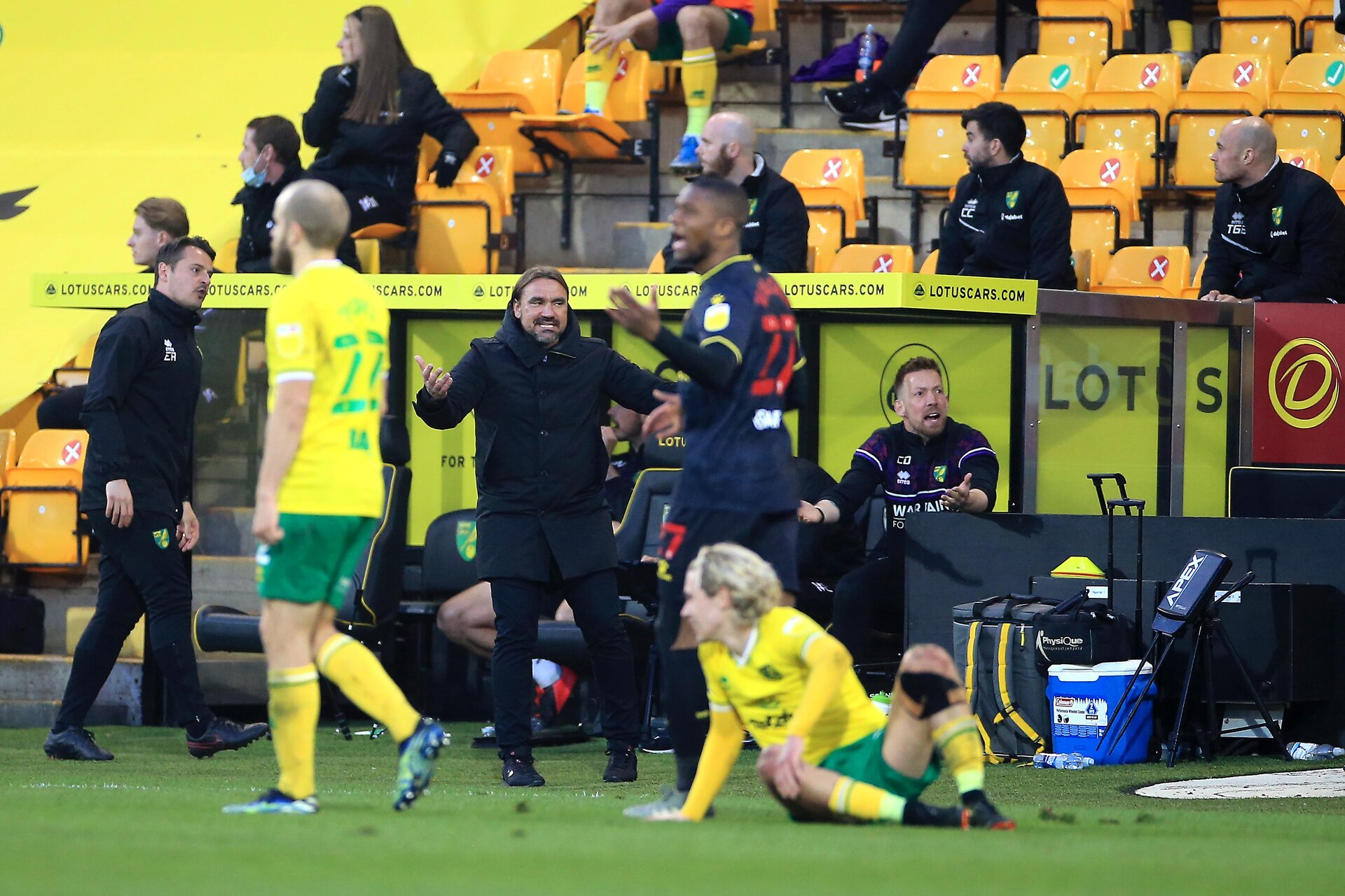 NORWICH, ENGLAND - APRIL 20: Norwich City Manager Daniel Farke during the Sky Bet Championship match between Norwich City and Watford at Carrow Road on April 20, 2021 in Norwich, England. Sporting stadiums around the UK remain under strict restrictions due to the Coronavirus Pandemic as Government social distancing laws prohibit fans inside venues resulting in games being played behind closed doors. (Photo by Stephen Pond/Getty Images)