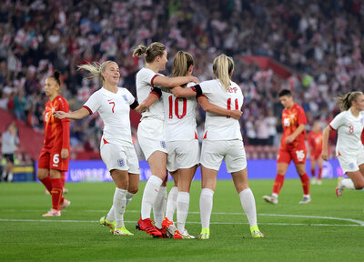 Lionesses run riot at St Mary's